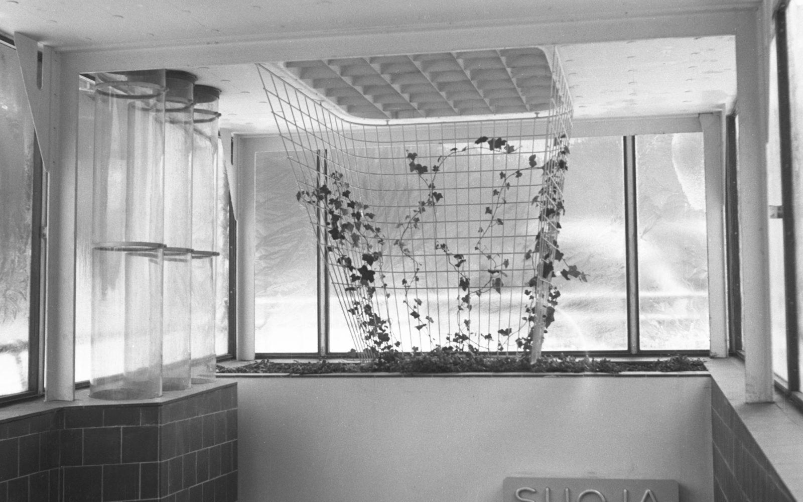Erottajan-väestönsuojan-sisäänkäynti-1950-1951-kuva-alvar-aalto-museo