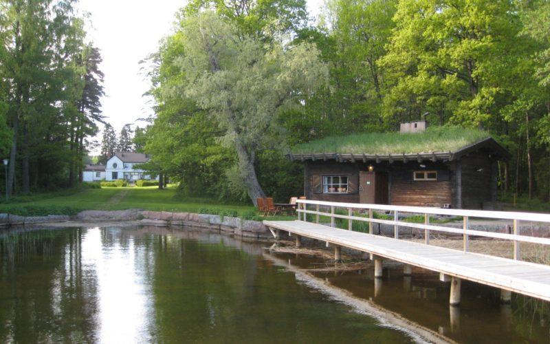 Kauttu Ruukinpuisto Works Sauna with a Lake