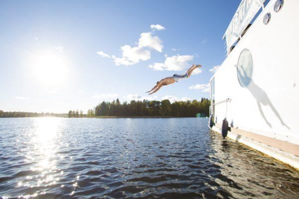 Joys of a House Boat trip at Jyväskylä, photo Tomi Tuuliranta