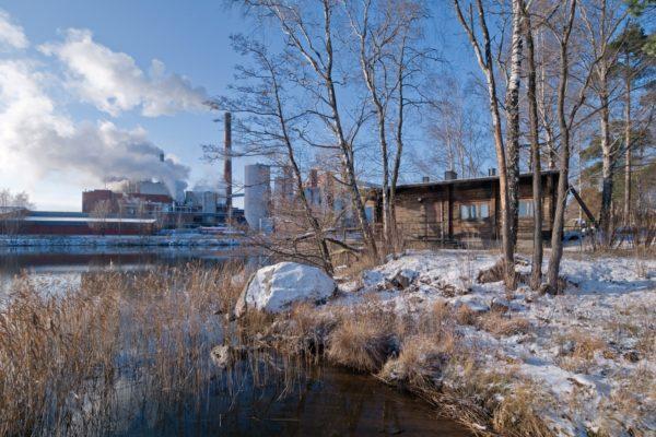 Kantolan rantasauna ja Sunilan sellutehdas kuva Rurik Wasatjerna