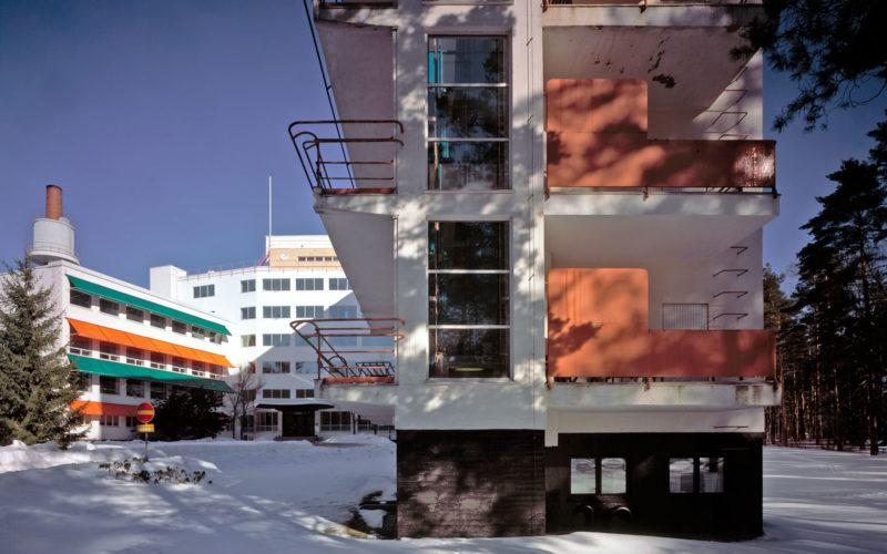 Paimio Sanatorium in winter photo Maija Holma Alvar Aalto Foundation