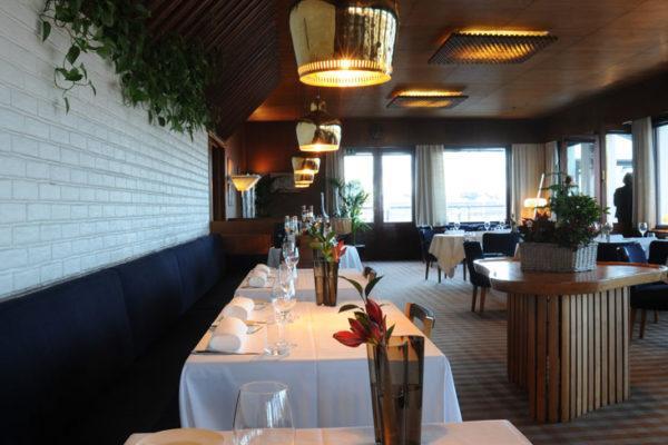 Ravintola Savoy on kuuluisa herkullisen ruoan lisäksi sisustuksestaan. Kuva: Alvar Aalto -säätiö.