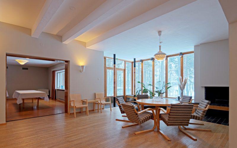 Tehtaanjohtajan asuintalo Kantola kuva Rurik Wasastjerna