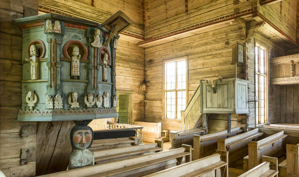 UNESCO-PETAJAVESI OLD CHURCH interior - PHOTO TERO TAKALO-ESKOLA