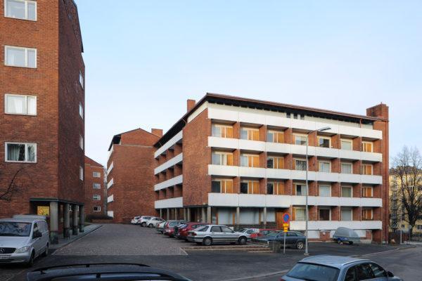 国民年金協会(KELA)の従業員用に設計されたヘルシンキのムンキニエミ地区にある集合住宅。写真:Maija Holma(アルヴァ・アアルト財団)