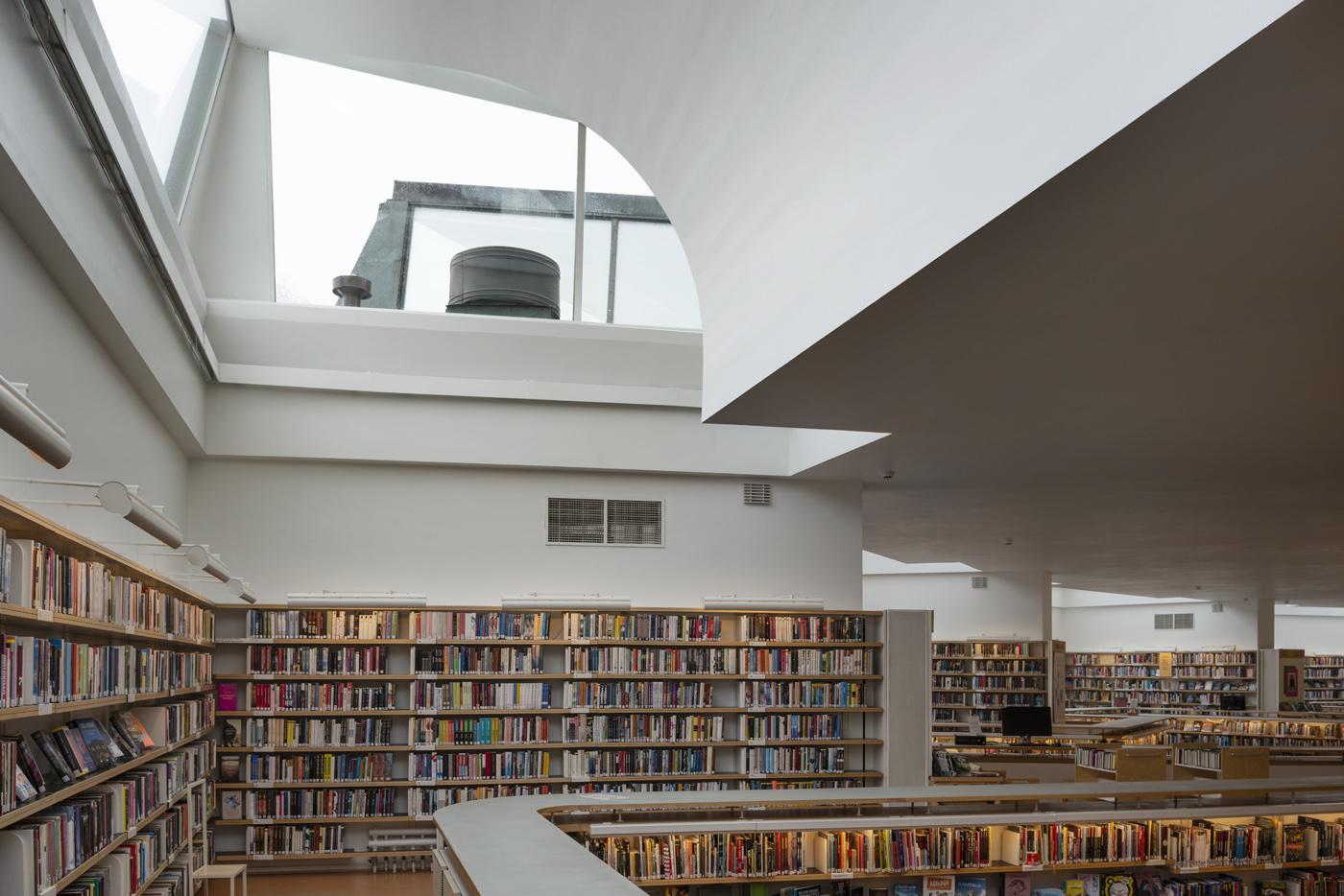 Lending room, Rovaniemi city library